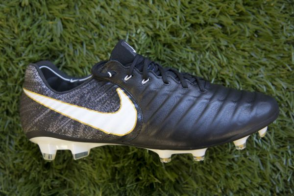 Nike Tiempo - the best soccer cleats for defenders